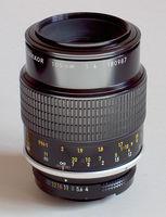 Micro Nikkor - 105mm / f4