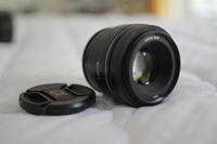 Обектив : Sony 85mm f/2.8 SAM