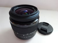 Обектив : Sony DT 18-55mm f/3.5-5.6 SAM II