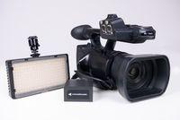 3MOS видео камера Panassonic AG-AC90 + осветление NANGUANG CN-240CH
