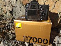 Nikon D7000 с Nikkor 18-140 mm
