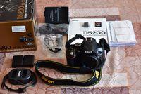 Продавам фотоапарат Nikon D5200.