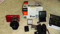 Фотоапарат SONY NEX 3 с обектив Sony E 50mm f/1.8 OSS (SEL50F18)