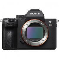 Продавам Sony A7 III + Sony FE 28mm f/2 + Ultra Wide Converter 0.75X