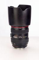 Продавам Canon EF 24-70 f/2.8L USM и