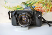 CANON T70 - SLR film camera