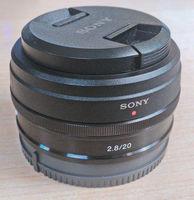 Sony SEL20mm/F2.8-----------Sony SEL16-50mm/f/3.5-5.6 OSS