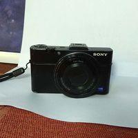 Sony DSC-RX100 II с обектив Carl Zeiss Vario-Sonnar T* F1,8