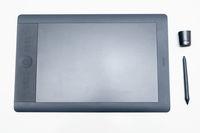 Графичен таблет Wacom Intuos 5 Touch Tablet Large PTH 850