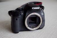 Canon 650 D тяло и обектив PORST 135 f 2,8 с преходник за Canon