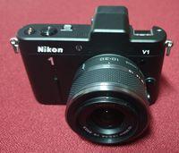 Nikon 1 V1 с обектив 10-30 3.5-5.6 VR