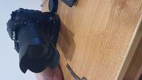 Nikon D7200/Nikkor 18-140 VR /BG15/Box/Docs/3 Batt