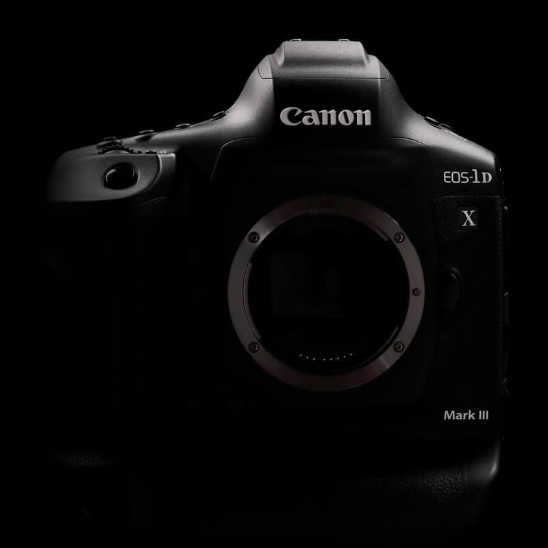 Запознайте се с новия EOS-1D X Mark III на Canon