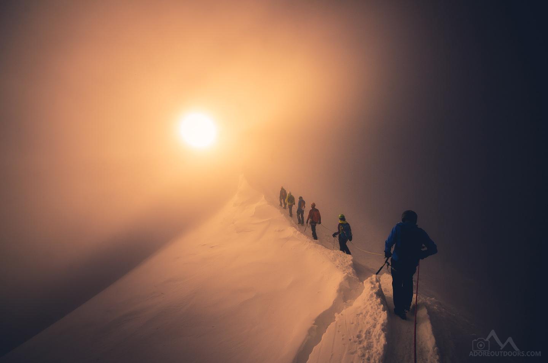 Изгрев по връхния ръб на Мон Блан от Бранислав Бранков - ReconProG