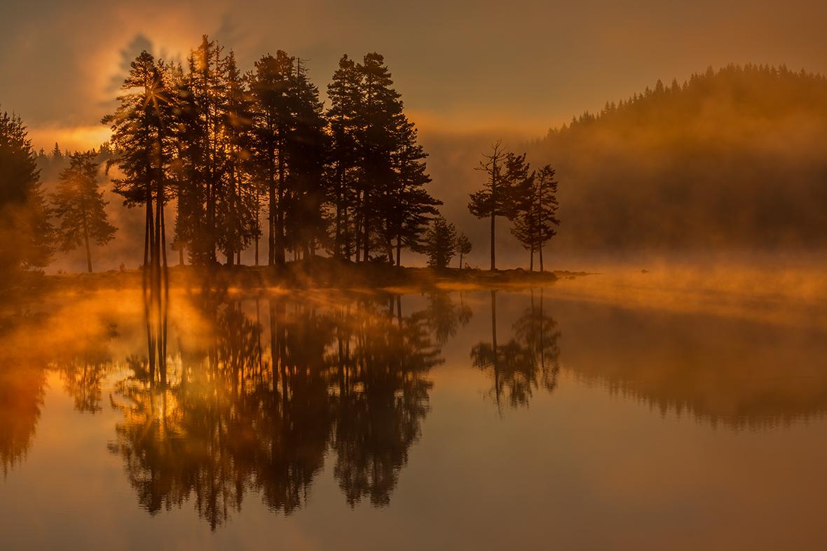 Планината, в която всеки миг е вълшебен .... от Miroslav Mominski - Miroslav_Mominski