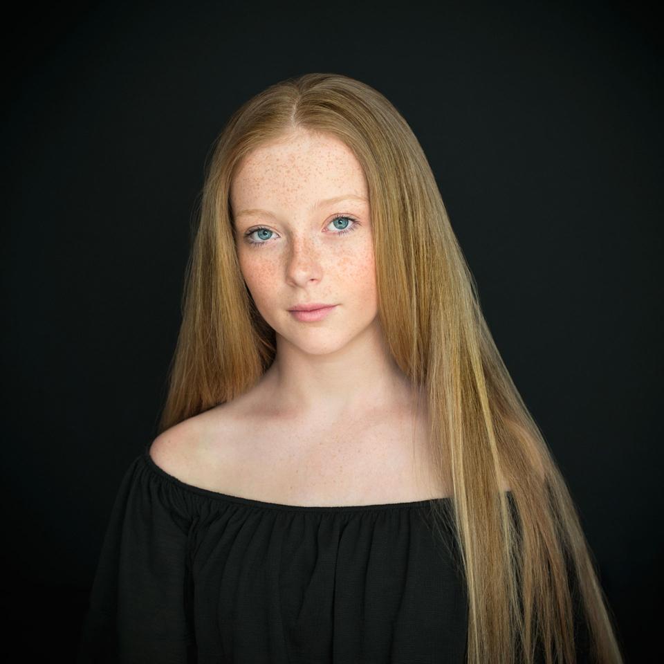 Amy от Anelia Nacheva - Abril