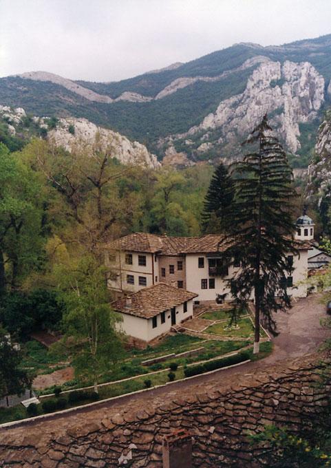 Черепишки манастир   Author Gergana Doneva - Gery   PHOTO FORUM