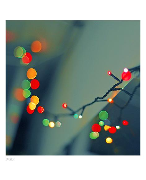 едно такова - коледно RGB... :))