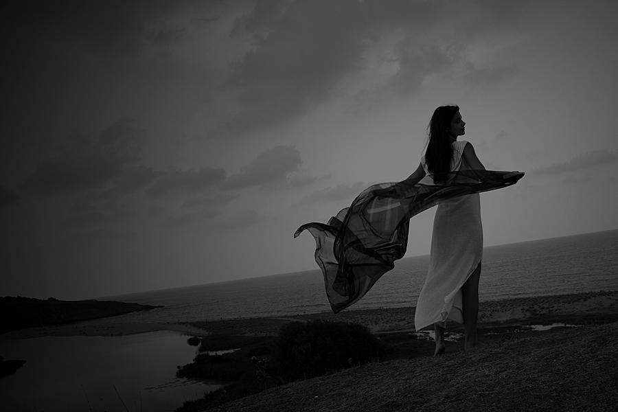 вятър в бяло | Author Rossitza Nedjalkova - charm | PHOTO FORUM