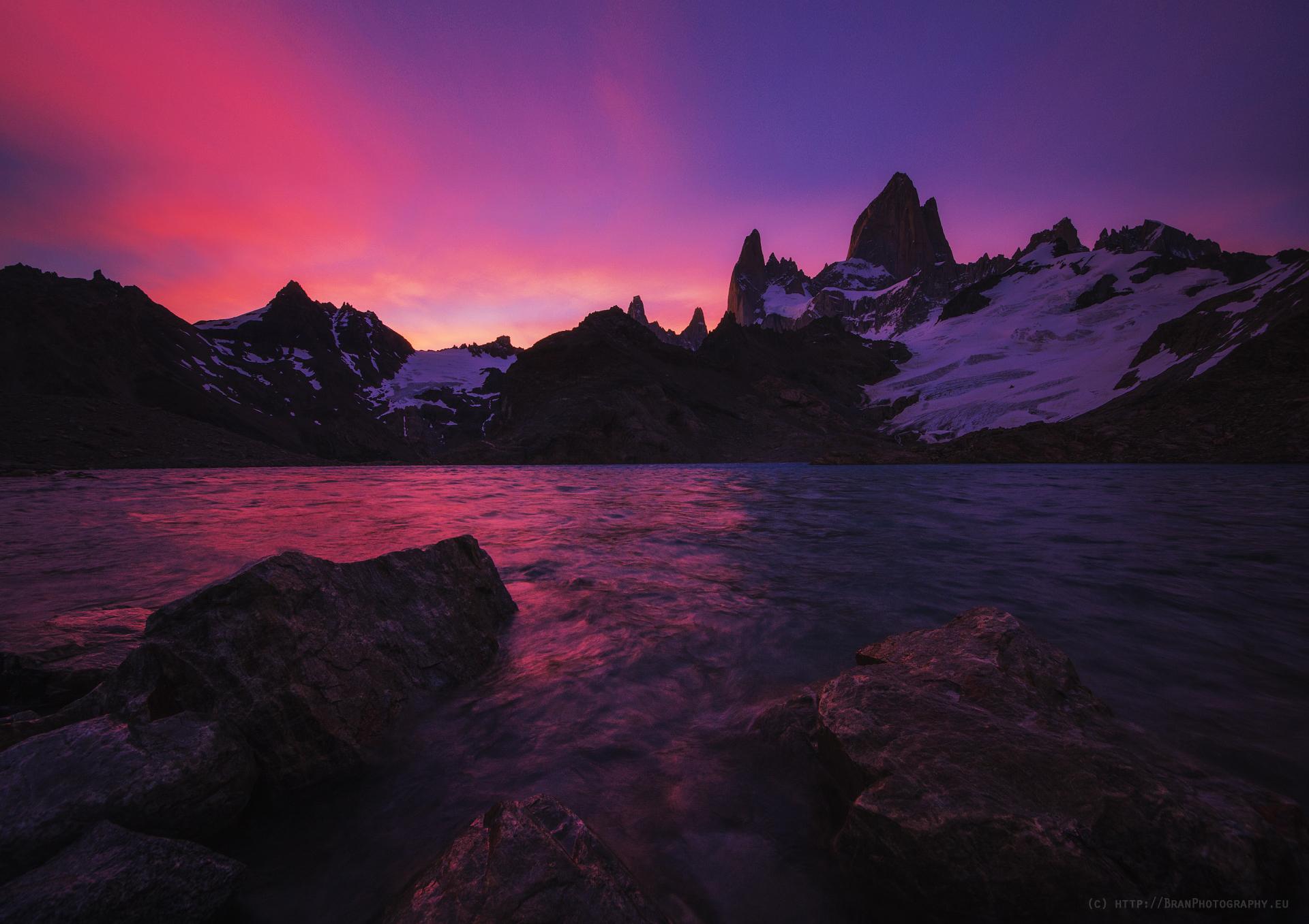 Точно преди Мьолнир да удари по водата и тъмнината да погълне всичко... <3   Author Branislav Brankov - ReconProG   PHOTO FORUM