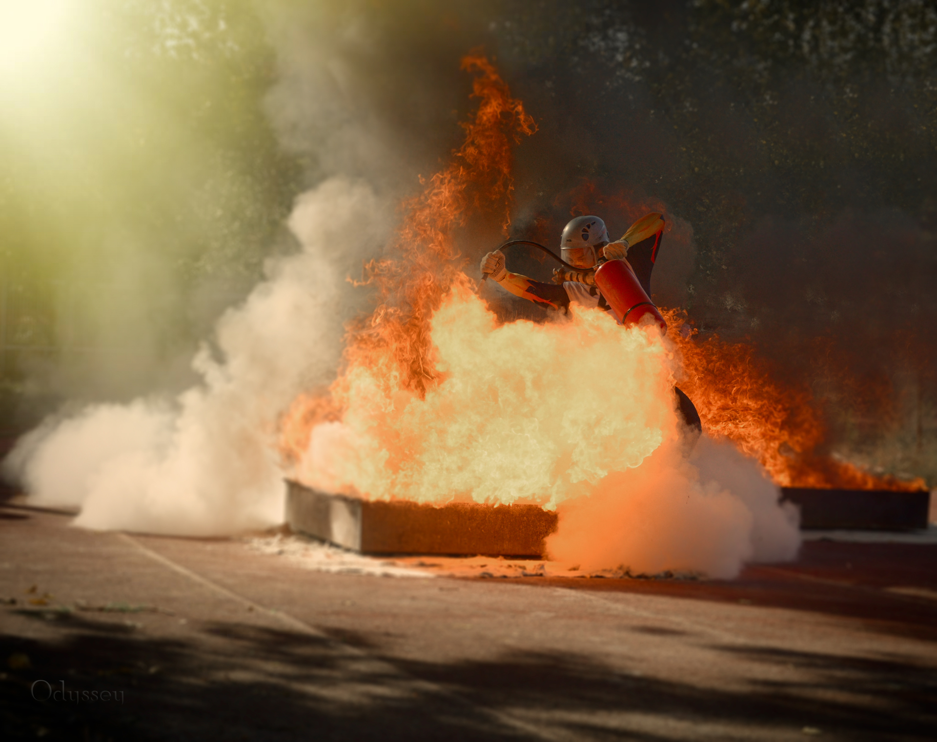 In the embrace of fire | Author Roland Sonic - odyssay | PHOTO FORUM