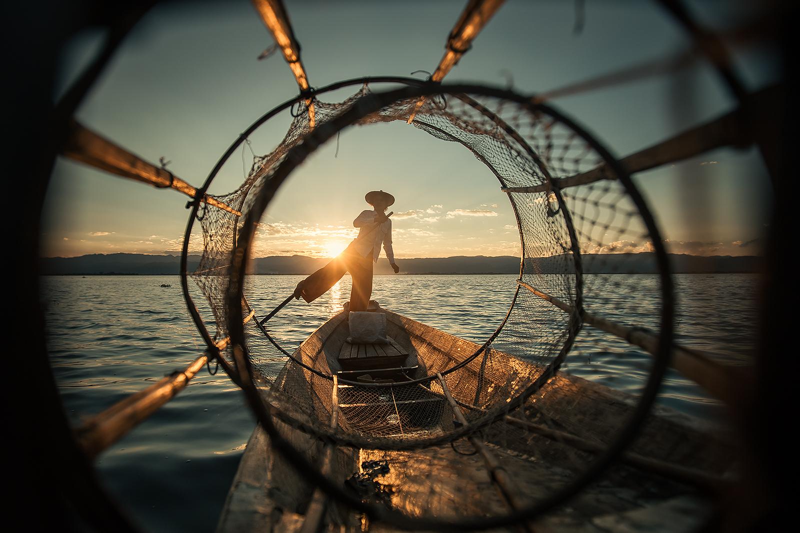Рибар от езерото Инле, Мианмар