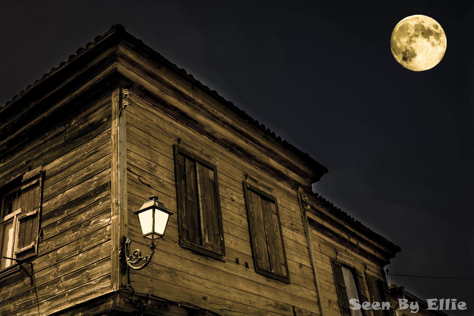 Лятна нощ в Несебър