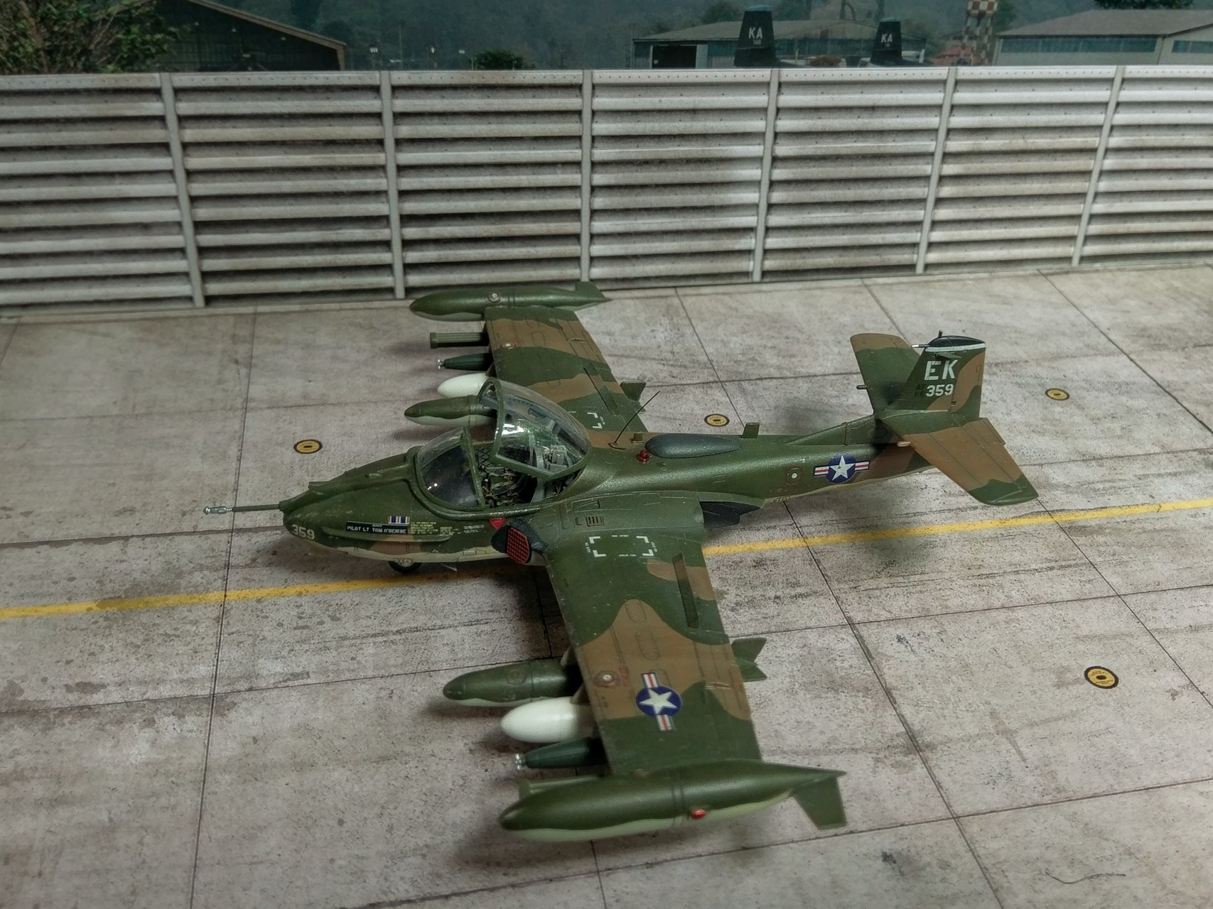 А-37 Dragonfly, Academy 1/72 - Ready for Inspection - Aircraft