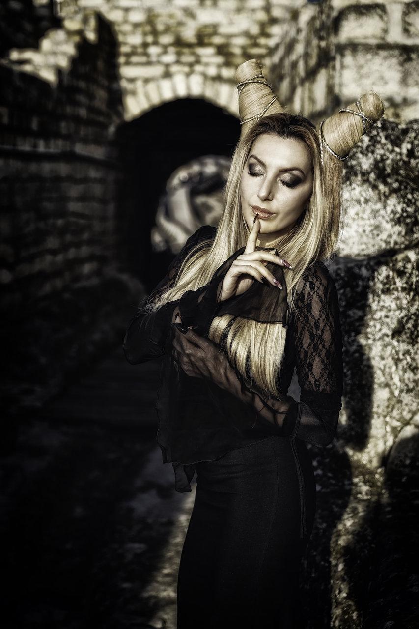 Whispers... | Author Nevski | PHOTO FORUM