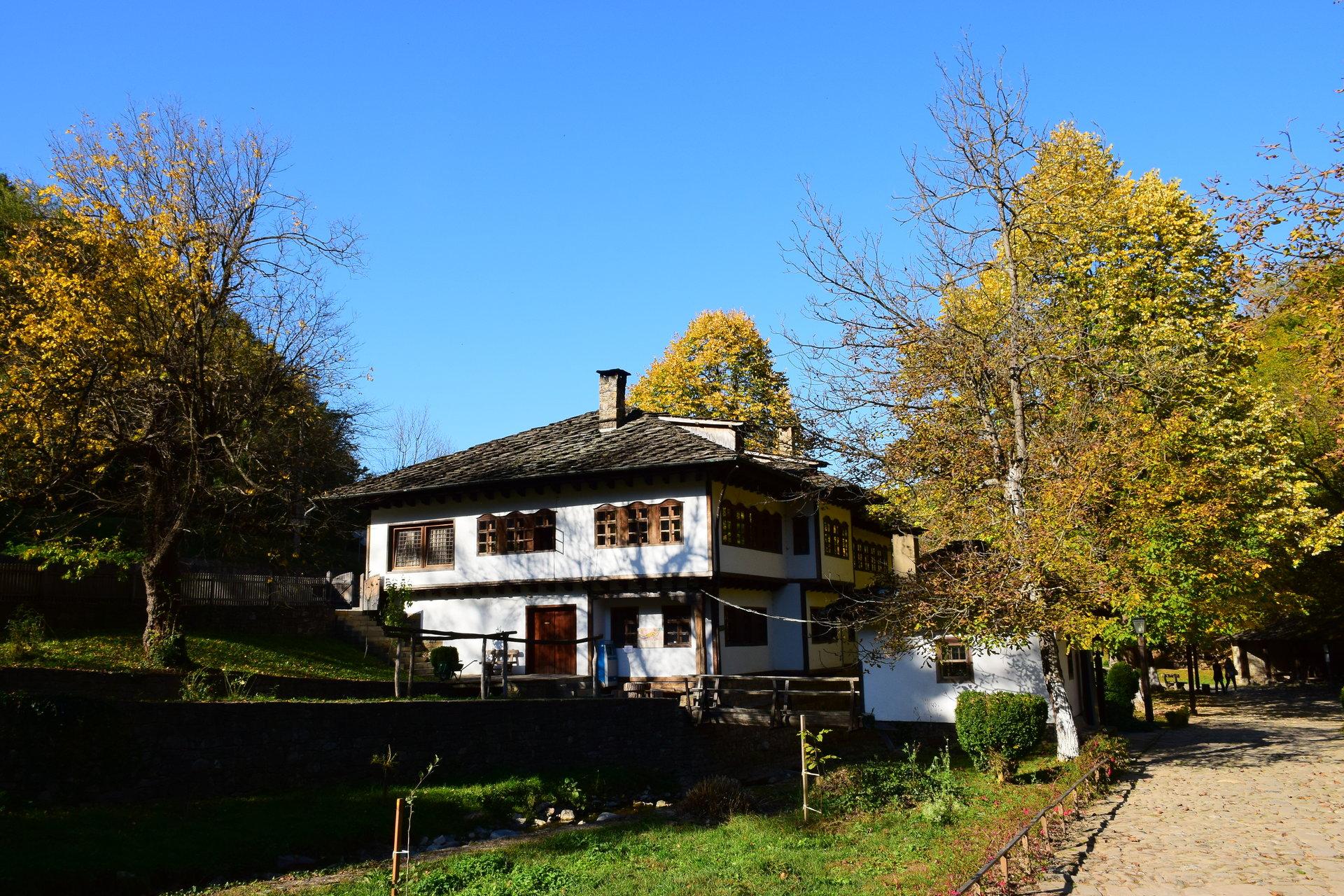 """Къща в """"Етъра"""" от Георги Георгиев - gugun4u"""