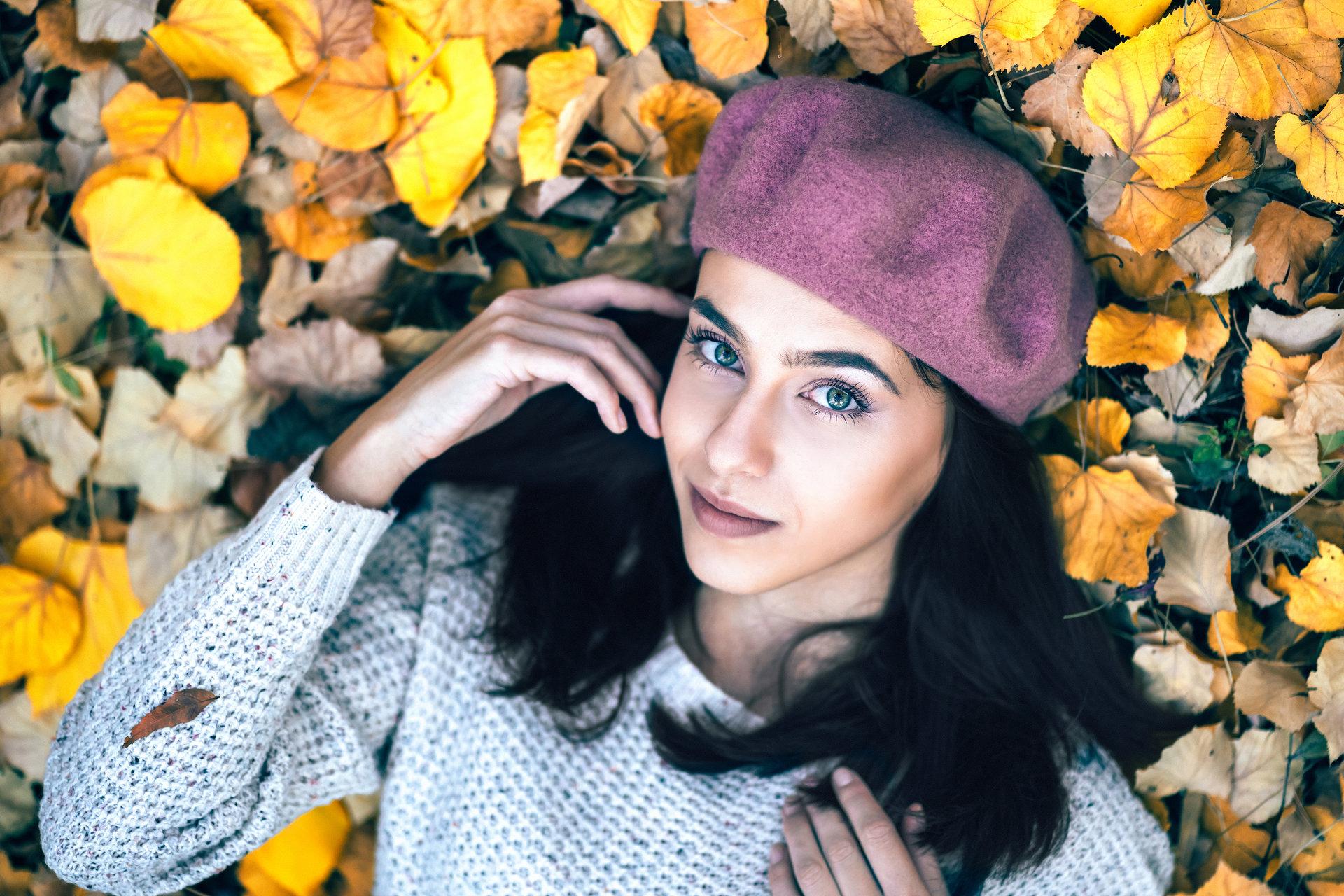 Есента ѝ отива | Author Viktoria Stoyanova - Vanguard | PHOTO FORUM