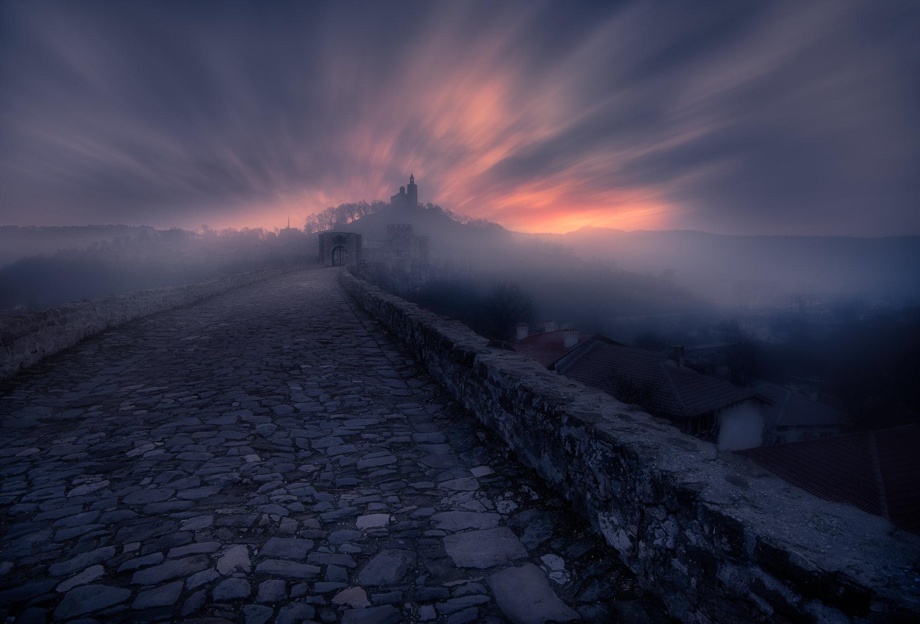Утро във старата столица   Author ivailo bosev - piff   PHOTO FORUM