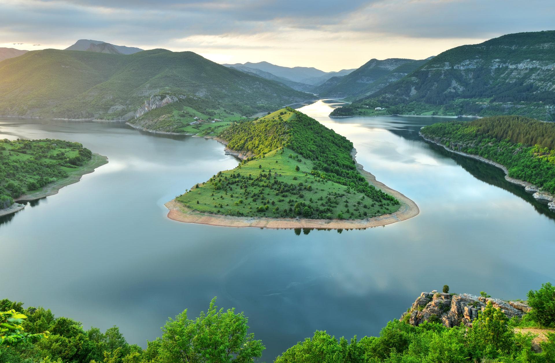 Завоят на яз. Кърджали преди с. Рибарци, Източни Родопи | Author calm | PHOTO FORUM