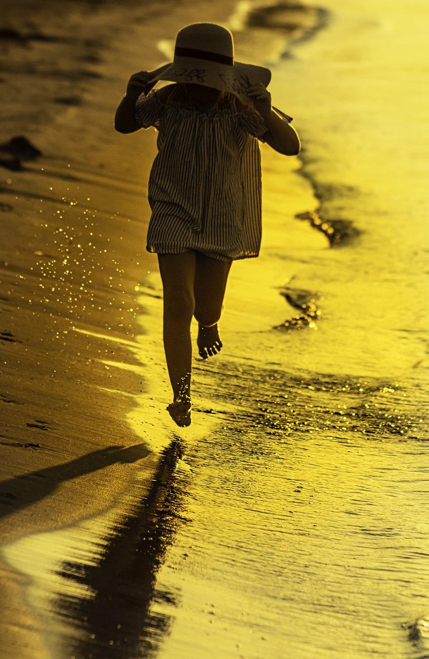Да тичаш в море от злато.... | Author Nadezhda Raycheva - sunnyhope | PHOTO FORUM