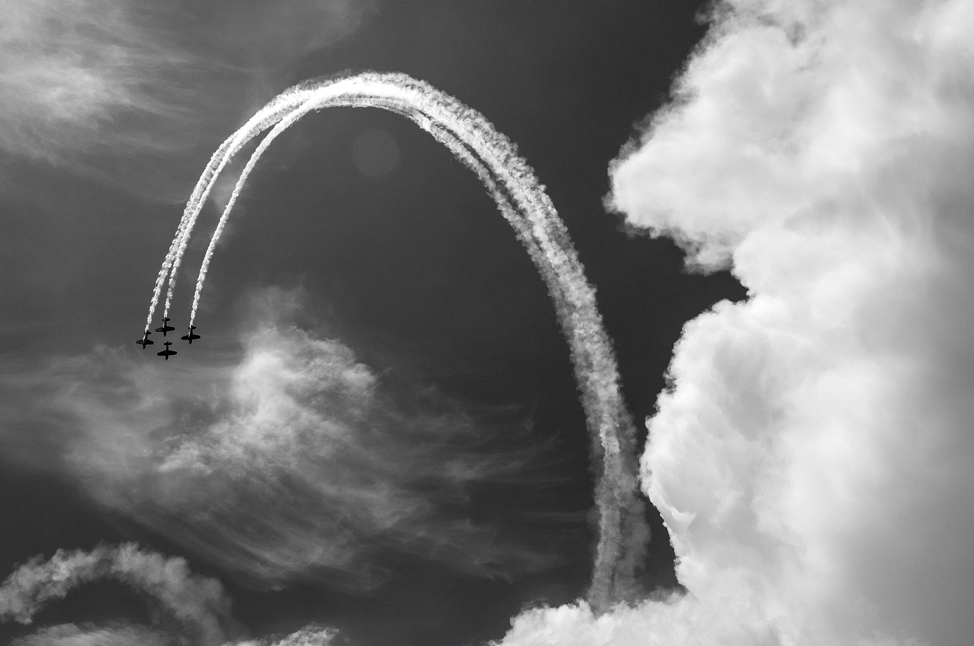 Небесни драски ... | Author e-design | PHOTO FORUM