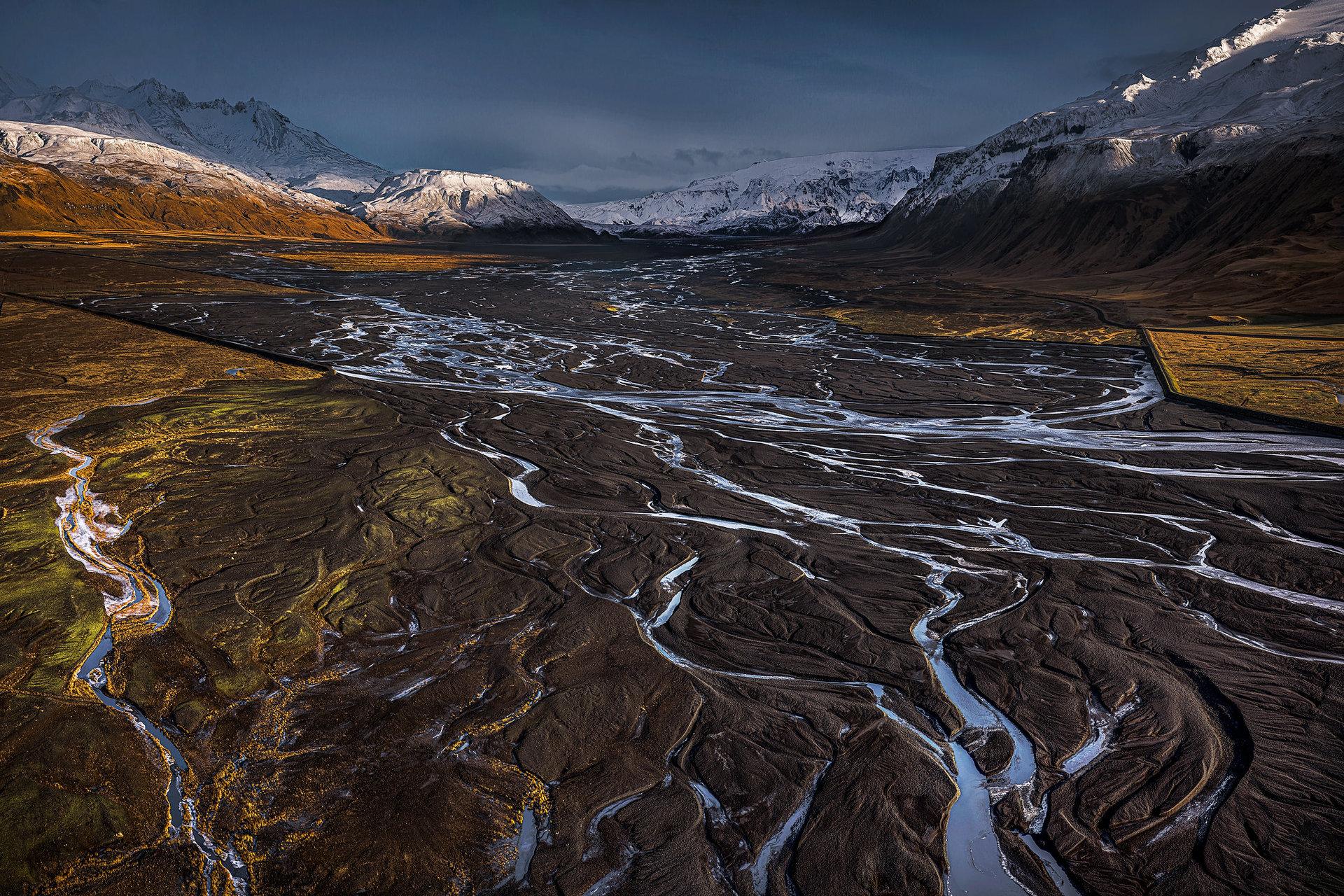 Ледникови реки от ледника Eyjafjallajökull   Author sakuraki   PHOTO FORUM