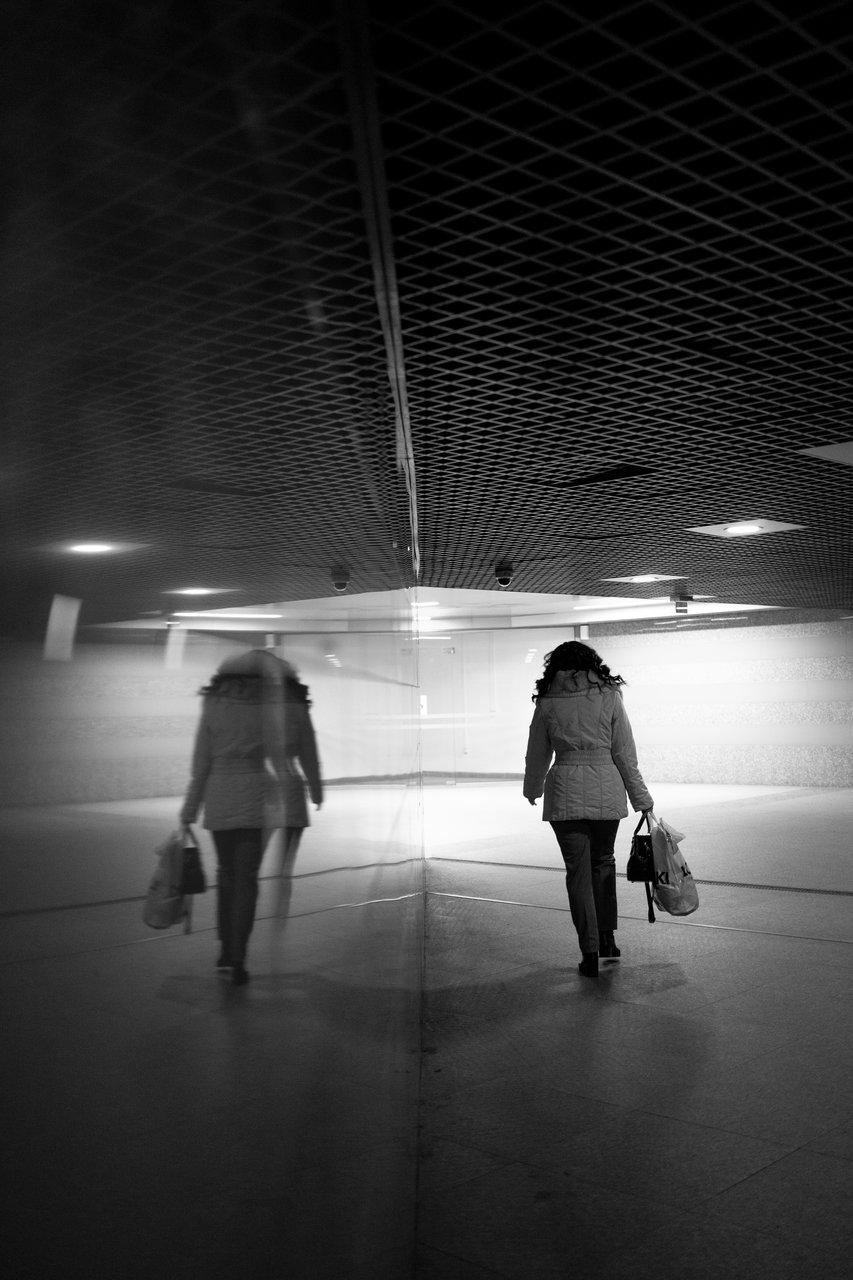 Fake mirror | Author Bozhidar_Iliev | PHOTO FORUM