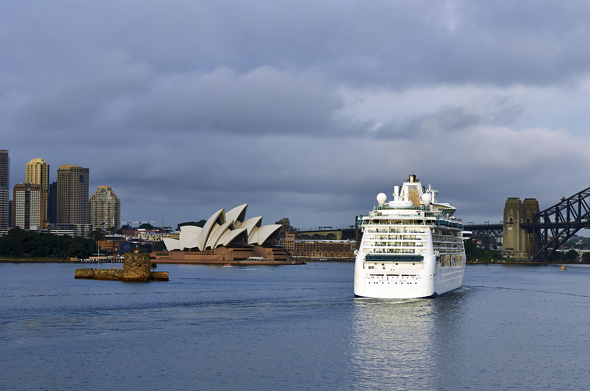 Sydney morning... | Author AmaSteng | PHOTO FORUM