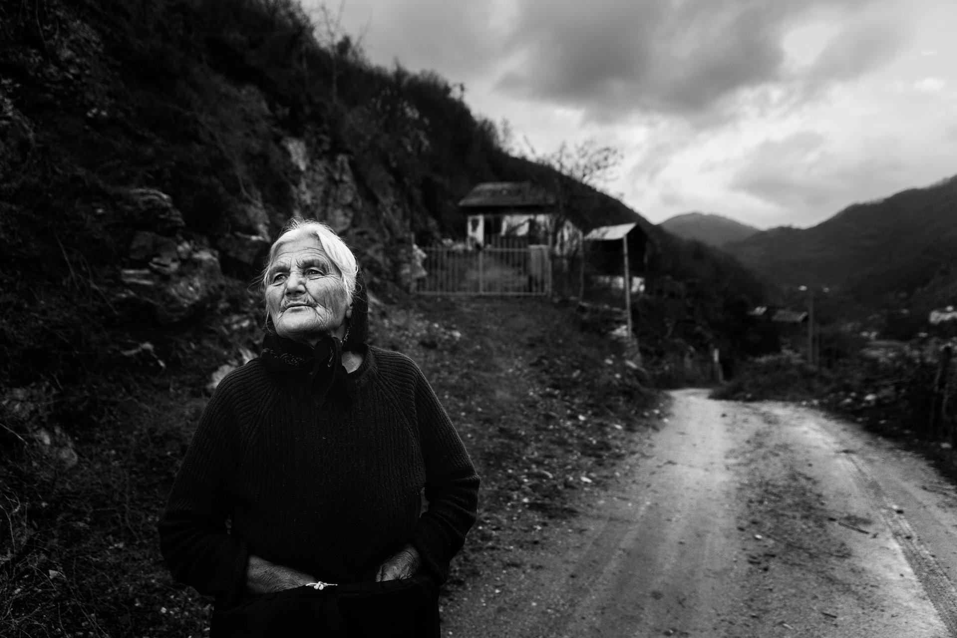 Последен кадър за 2020. Баба Стоянка с. Пирин | Author Marioshumanov | PHOTO FORUM