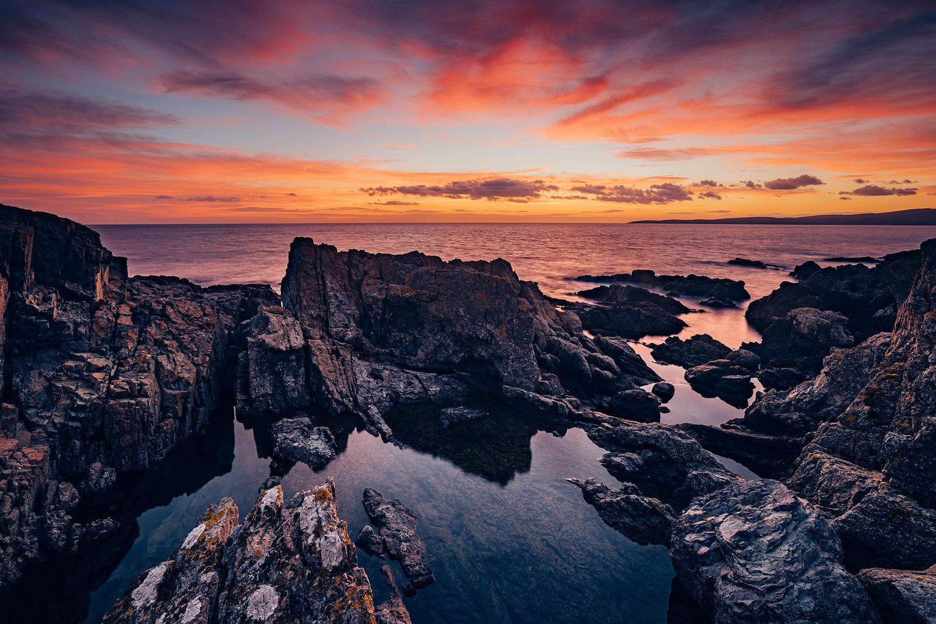 Moment before sunrise   Author Photodock   PHOTO FORUM