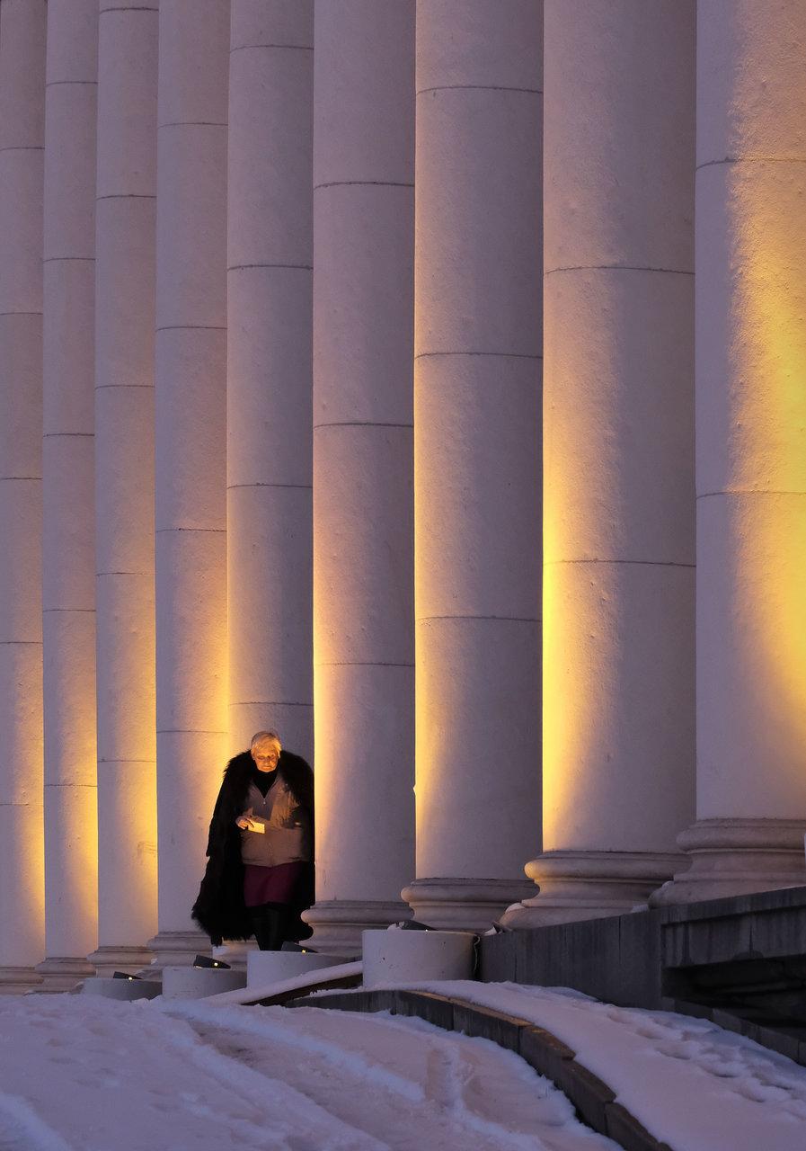 В светлината   Author mitpis   PHOTO FORUM