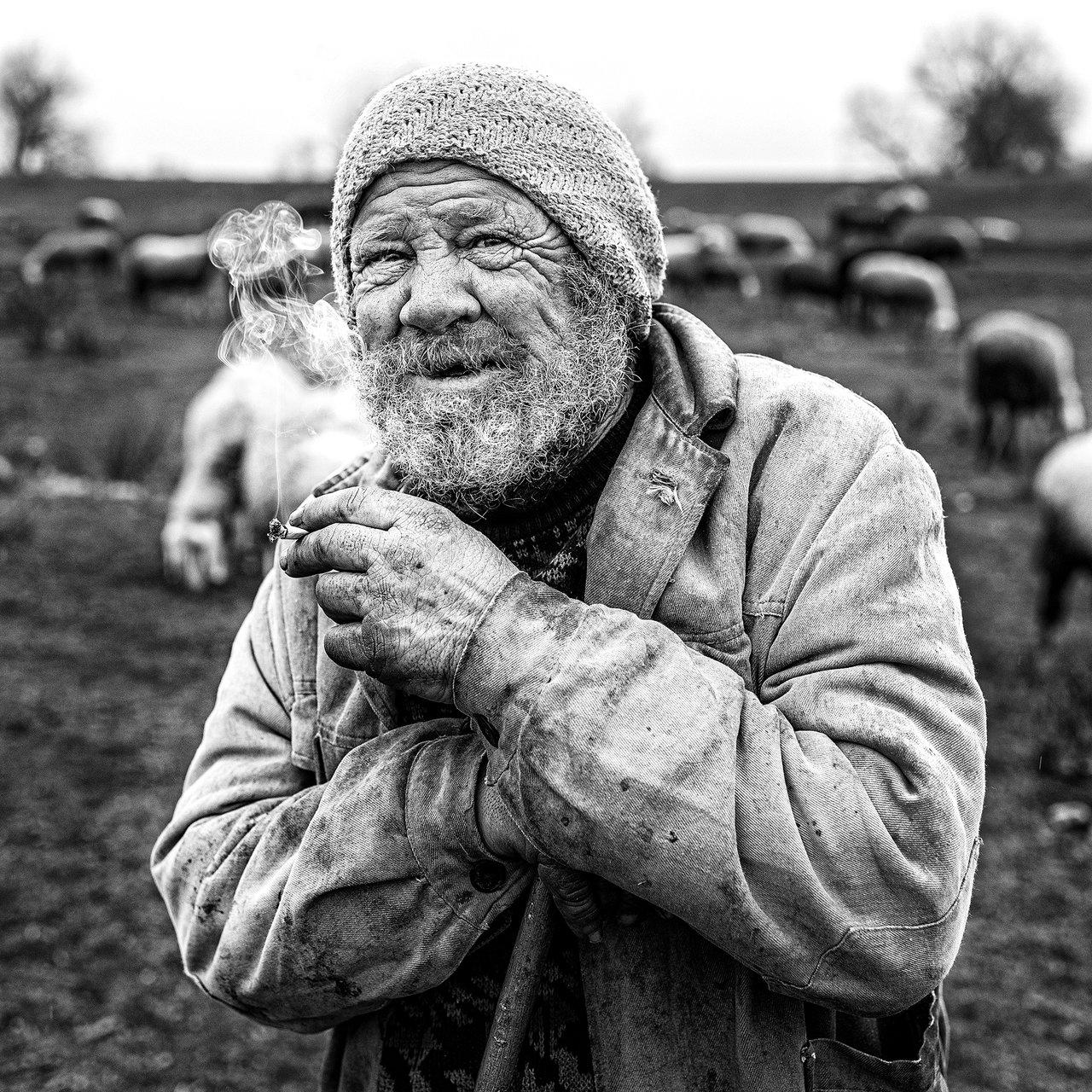 Усмивка... | Author Yonko_Rusev | PHOTO FORUM