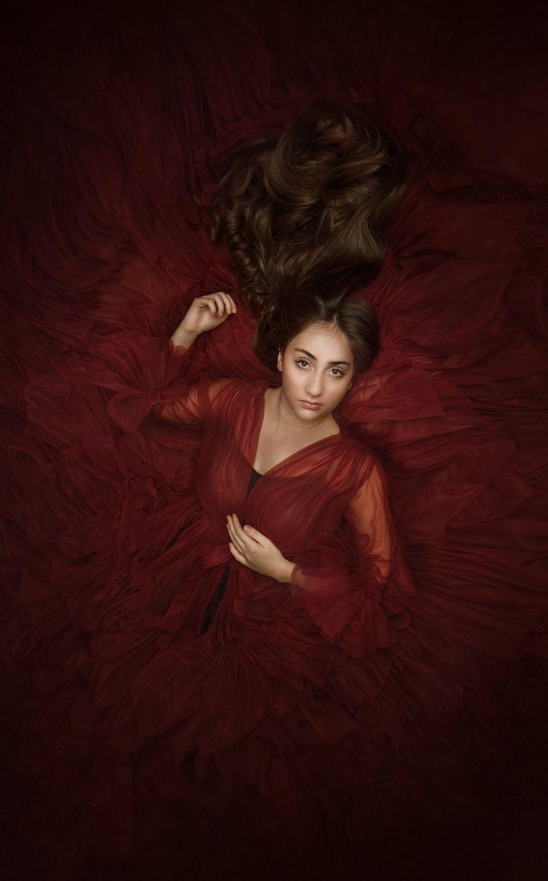 Елина в червено | Author Rusiana Tosheva - RusianaTosheva | PHOTO FORUM