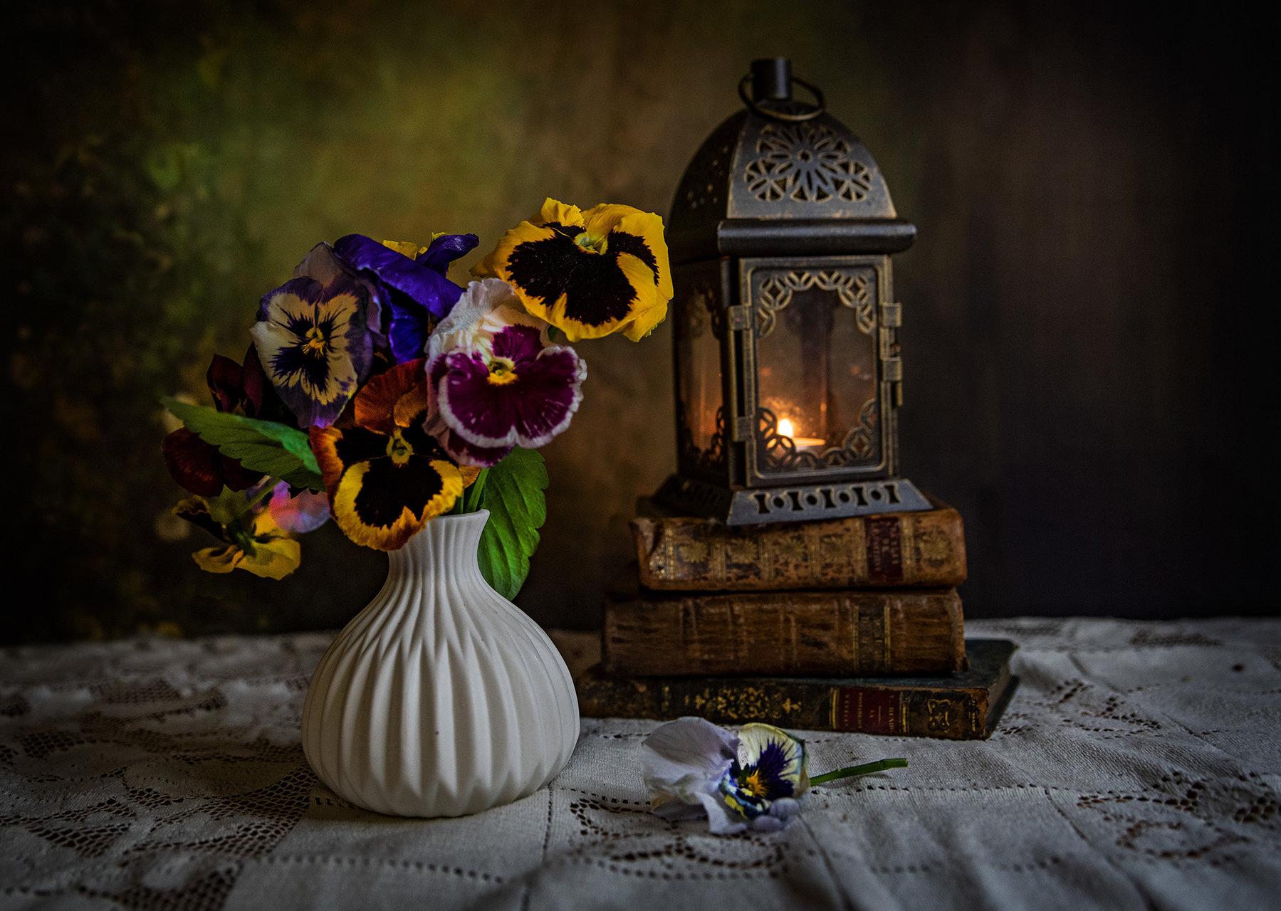 Натюрморт с теменужки | Author TEODORA IVANOVA - dorascal18 | PHOTO FORUM