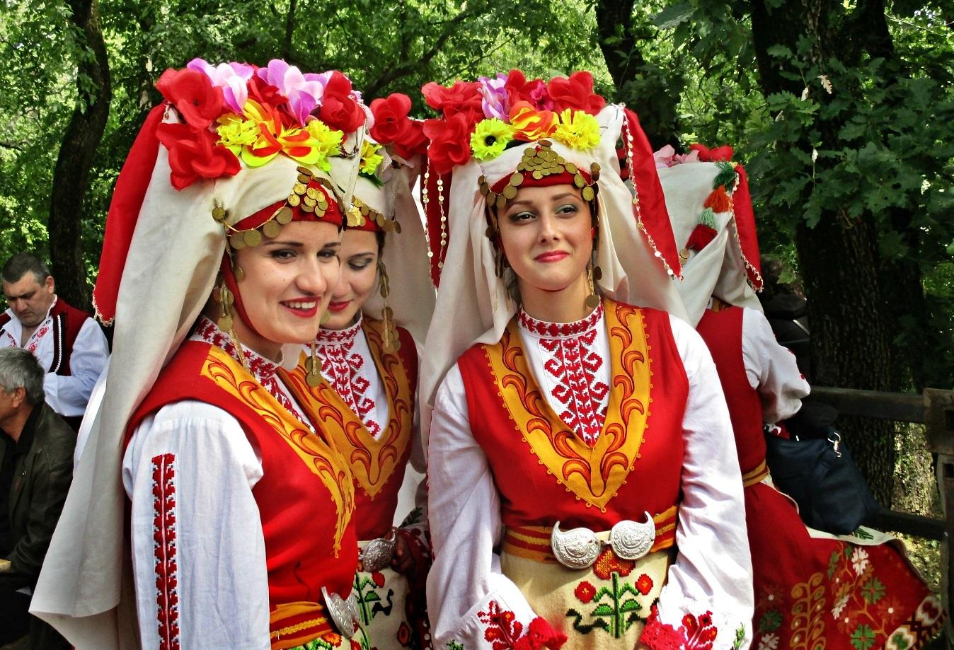 На Цветница | Author Диди Христова - elanor11 | PHOTO FORUM