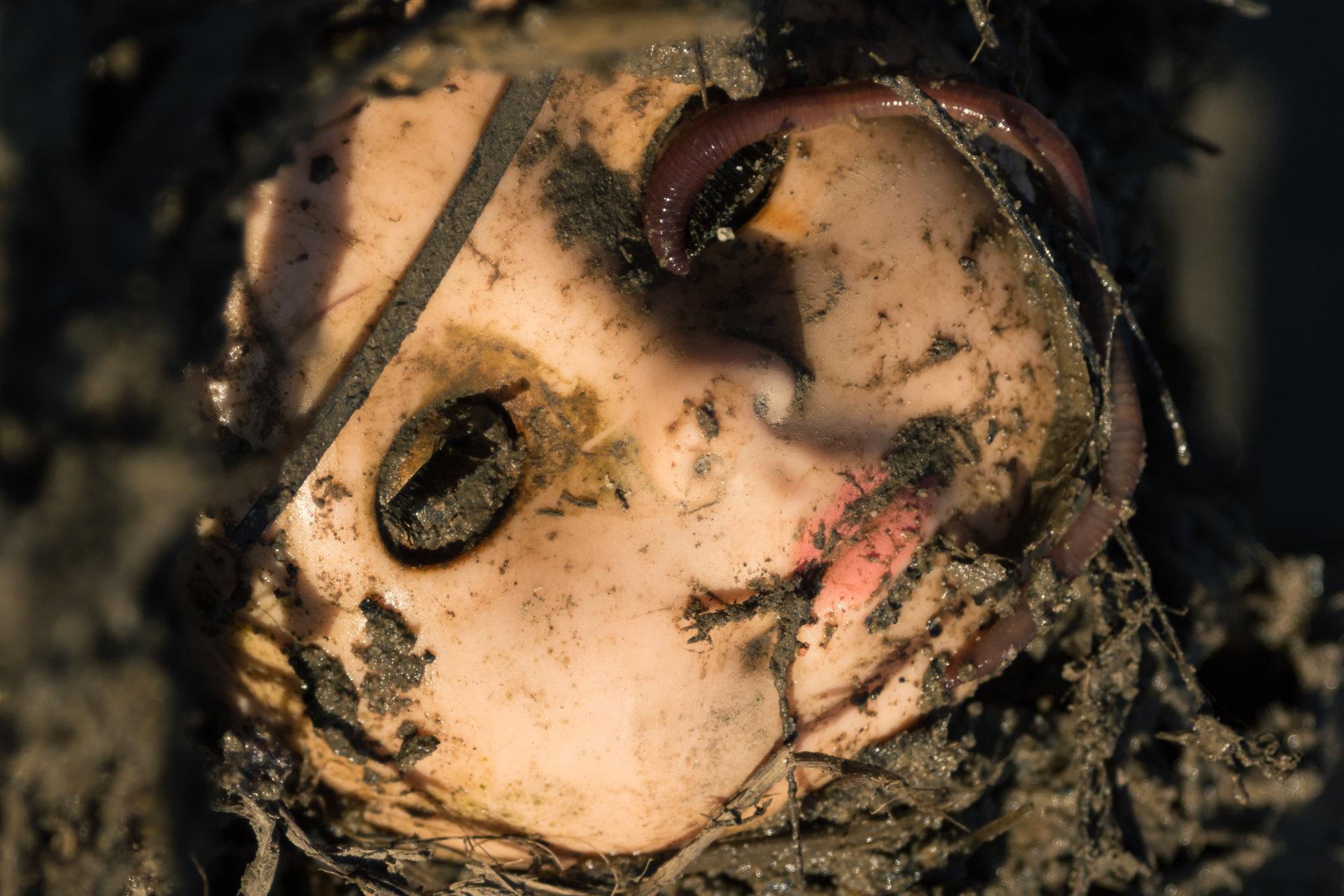 Dead doll от Petar Chapkanov - Ariovistvs