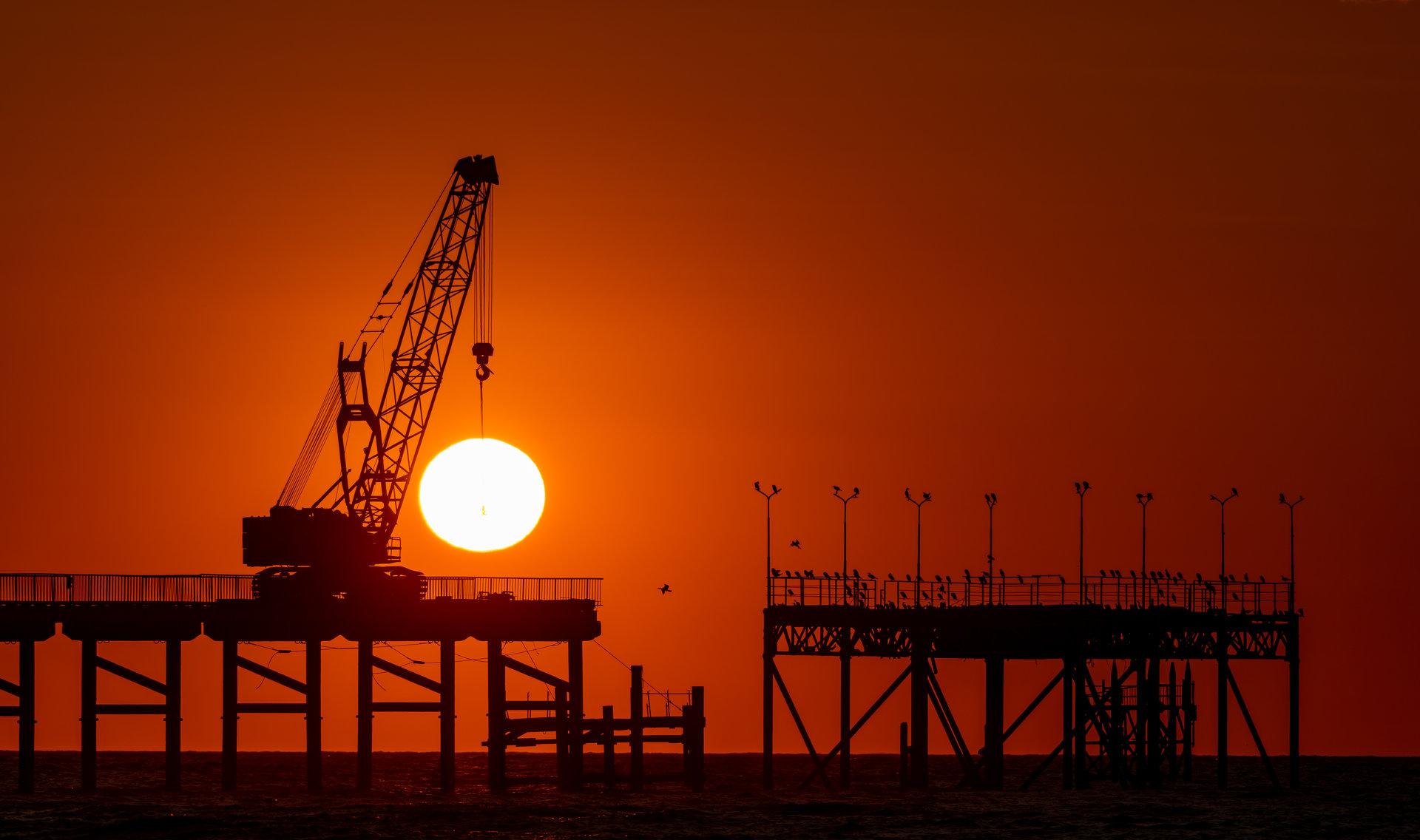 Човекът, който повдигаше слънцето. | Author Konstantin Vladov - viagronom | PHOTO FORUM