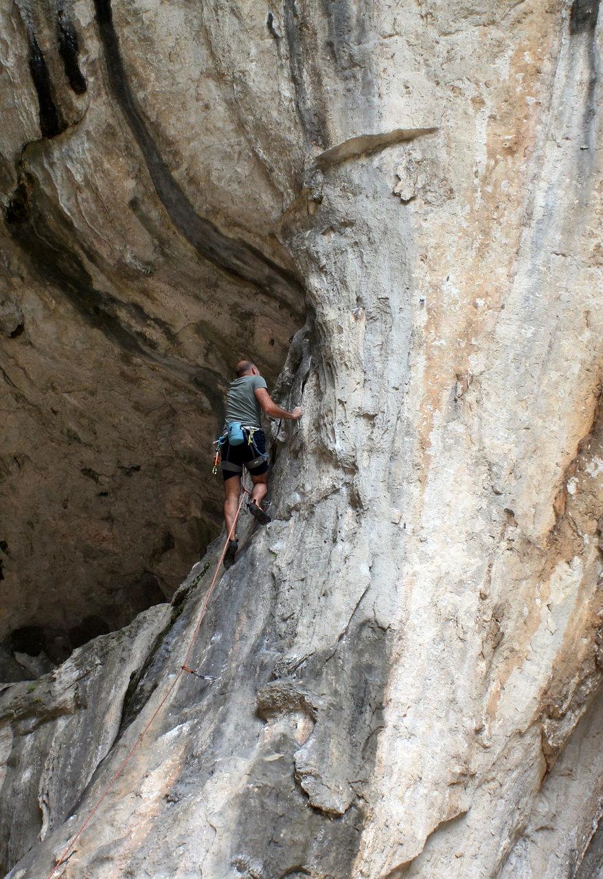 Нагоре в пещерата   Author Vladimir Aleksandrov - vladalex   PHOTO FORUM
