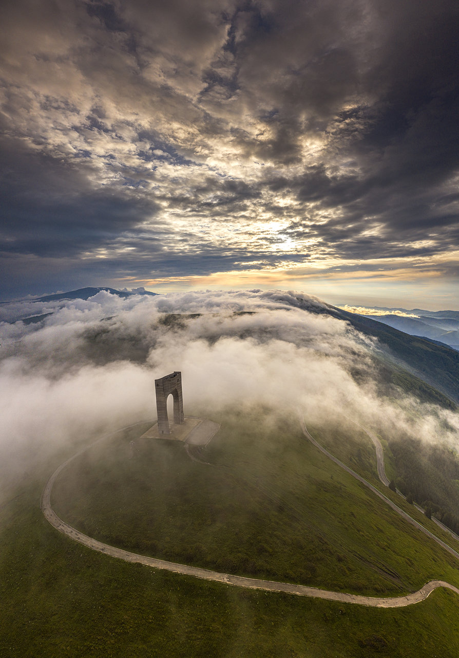 История с мъгли ;)   Author Nikolai Kovachev - Nick_the_quick   PHOTO FORUM