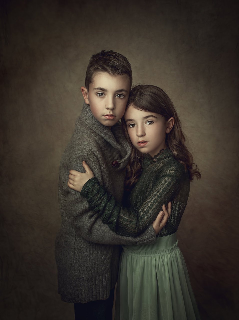 Брат и сестра   Author Rusiana Tosheva - RusianaTosheva   PHOTO FORUM